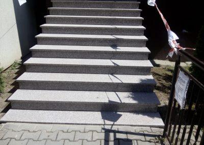 schody brąz królwski płomiń